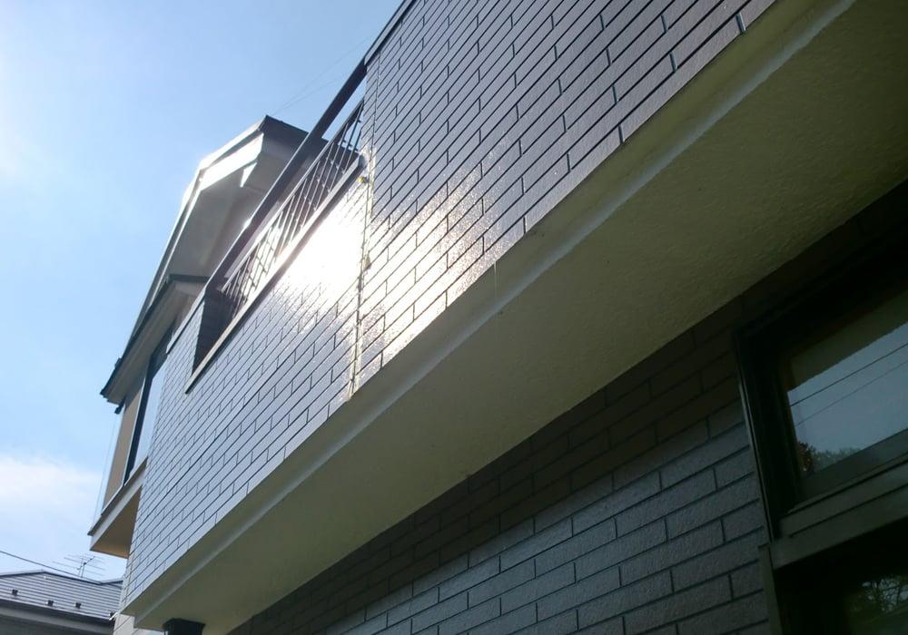 塗装5年目のベランダ側側面