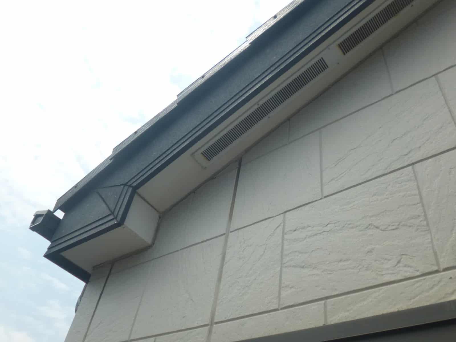 タイル柄のサイディング外壁