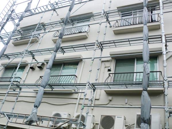 RC3階建ての外壁塗装とクラック補修・塩ビシート屋上防水