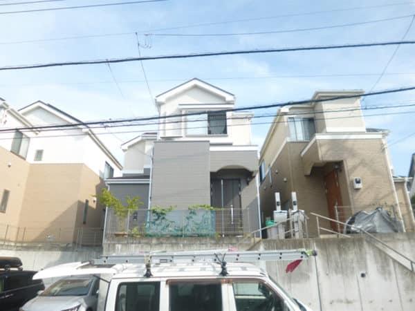 ご近所の協力で良い環境でのサイディング塗装