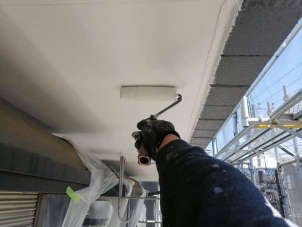 横浜市鶴見区、工場のシャッター塗装