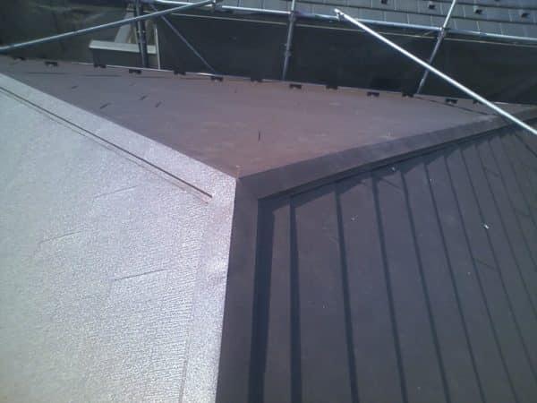 先ずは屋根!近所で公共工事をしてるから壁は後。悩みに悩んだ3社相見積もり!