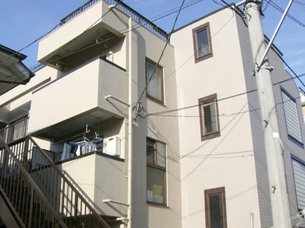 鉄筋コンクリートのフッ素塗装と屋上防水、長尺シートの修繕工事