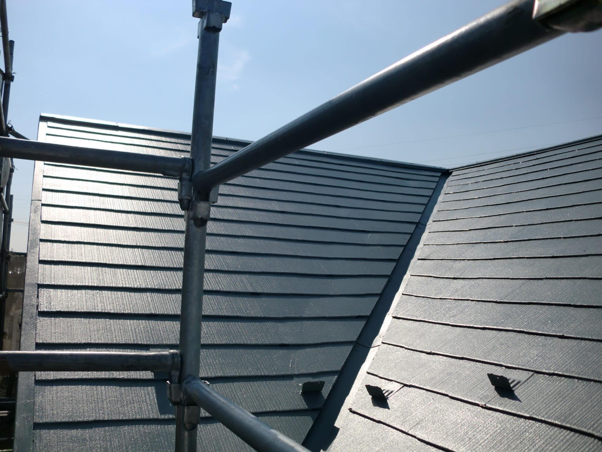 スレート屋根断熱塗装完成