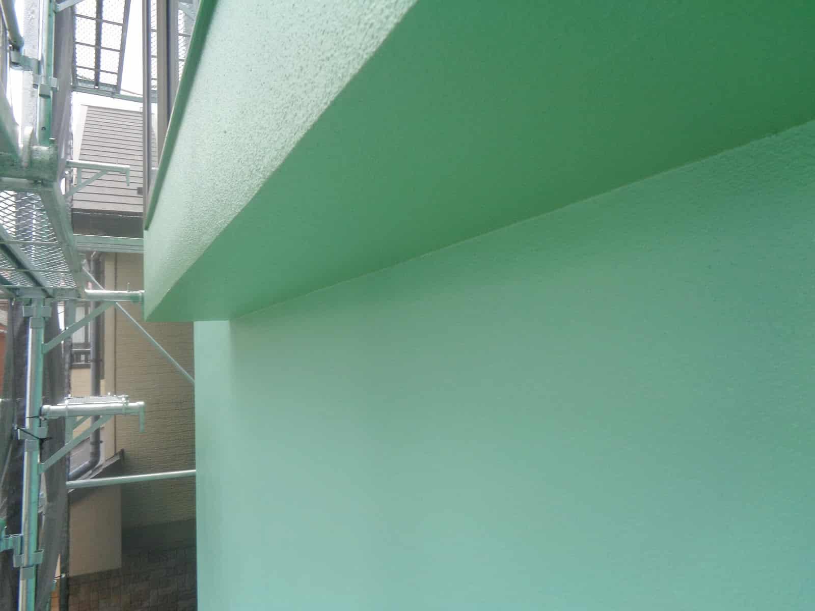 軒裏と外壁の色分けなし