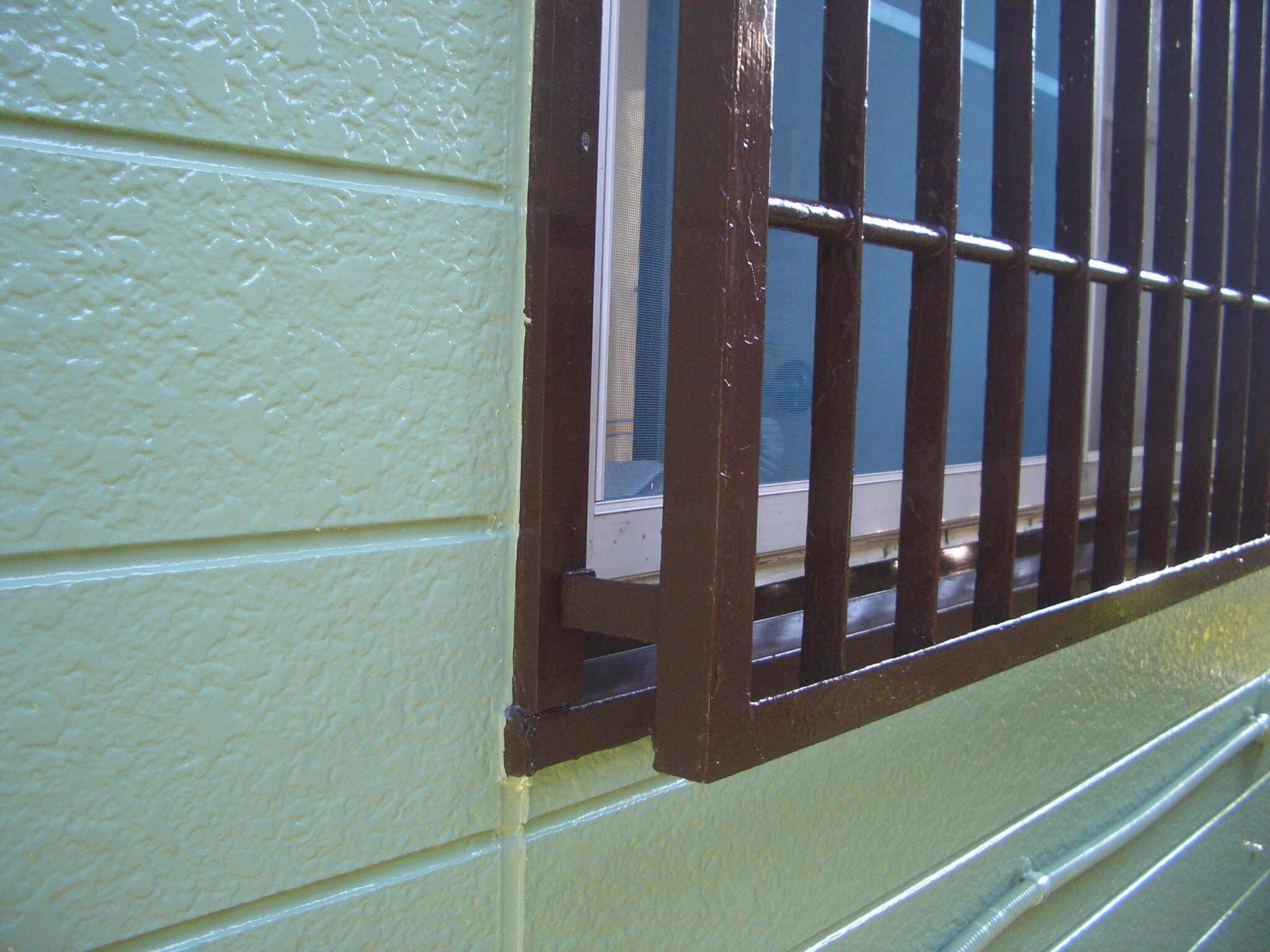 窓格子の塗装後