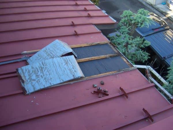 トタン屋根の腐食を放置しすぎると台風が不安になる