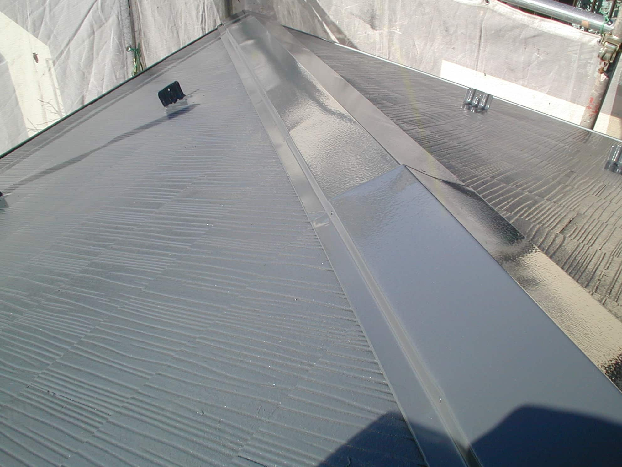 光沢ある屋根塗装