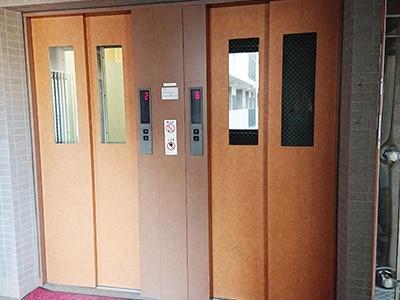 エレベーター周りの消毒