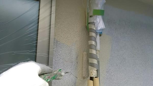 エアコンのホースカバー処理で分かる塗装工事の丁寧さ