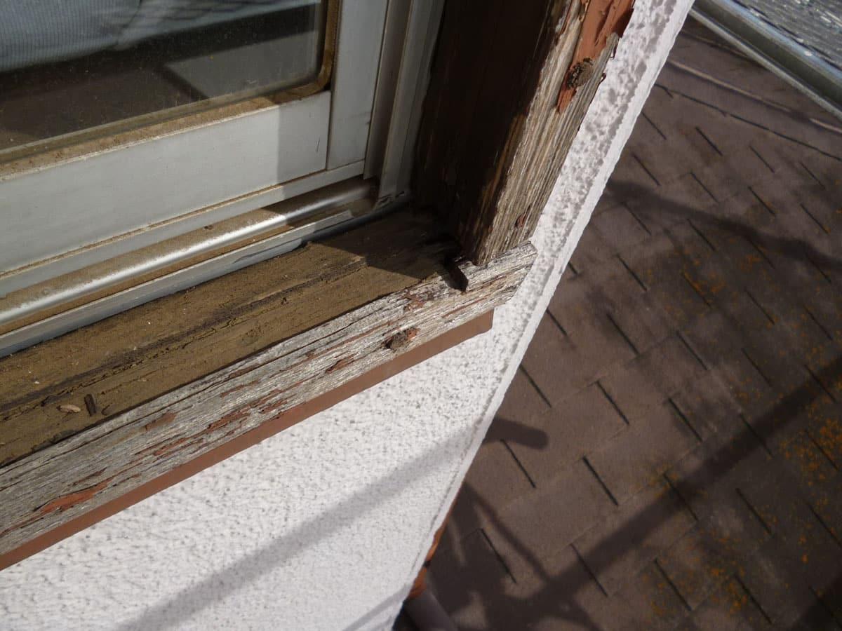 木枠窓の腐食