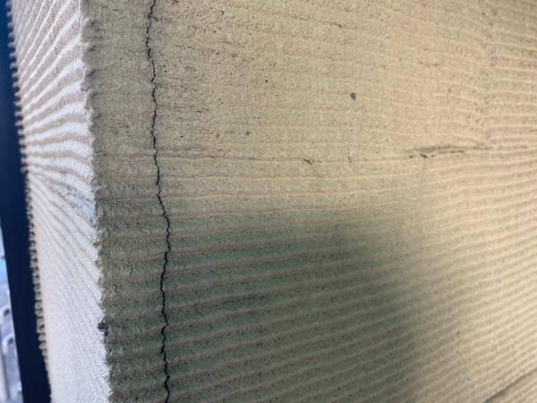 塗装職人によくご相談をいただく壁のヒビ割れについて